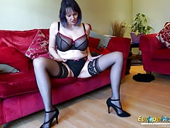 EuropeMaturE Geile Alte Frau Solo Striptease