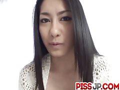 Kyoka Ishiguro baisée après un traitement oral sérieux