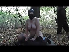 Slut Wife gangbang en el bosque Part2