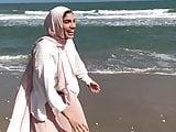 Sexy Hijabi feet