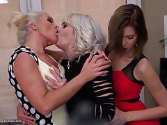 Mothers and daughters having lesbian sex