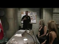 Sara Jay et les policiers d'Ava Devine