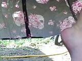 Public upskirt BBW pee in the morning at local trailerpark 1