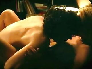 Virginie Efira sexe scene in 'Victoria'