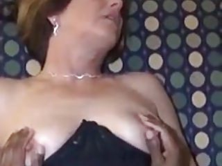 Amateur Interracial Cuckold video: Mature cuckold