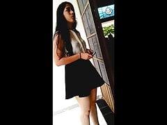 Upskirt deliciosa minifaldita negra