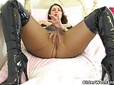 British Pantyhose Mom video: English mums in tights part 3