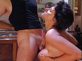Stockings Mature Wife video: Joy Karins in Argento Di Fiele (1 of 2) classic anal scene