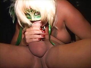 BBW MILF amateur is pro-quality cocksucker Cums fingered
