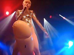 Miley Cyrus - Impossibile non cum