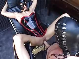 Bdsm Latex video: Lusttropfen