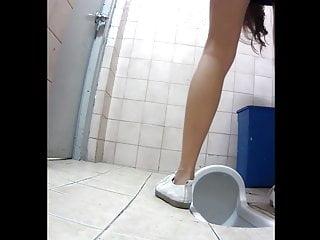 korean toilet spy