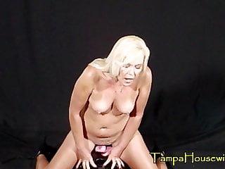 Hardcore Blonde Milf video: This Machine Will Always Make Her Scream