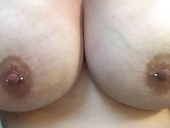 LIsten To Me Cum a sledovat mé velké titty
