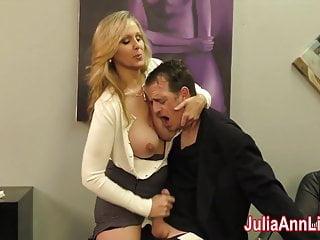 julia ann在他約會之前擠奶