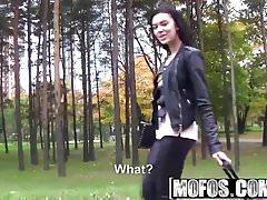 Mofos - Stranded Teens - Sheri Vi - Těsnící kalhoty Tight Pussy