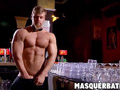 Large cocked muscular hunk bartender wanking off heavy | Porn-Update.com