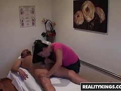 RealityKings - Happy Tugs - Kiwi Ling Alec Knight - Rub You