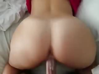 Amateur girlfriend fucked by a big cock