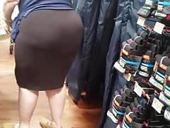 PAWG Wal-Mart Granny współpracownik ma trochę tyłka