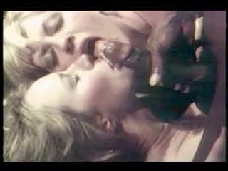 Classic Vintage Retro Swedisherotica Clip Black Shaft Sharon Kane