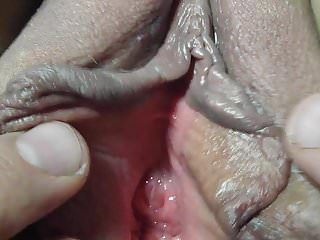 Gaping Amateur video: very close up of Lover Nicki,s shaved gaped pussy