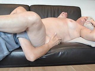 Amateur Grannies Licking video: Licking my old slut