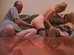 Amateur del Reino Unido Kelly y una pareja casada 3some