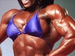 Muscle femme noire légende Iris
