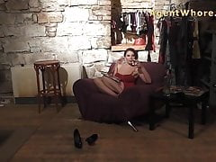 Sexy Agent Whore czeka na następnego faceta