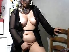 ragazza hijab in webcam