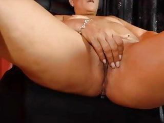 Fingering Mature Webcam video: Mairy mature fingering on cam