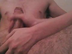 Masturbandosi il mio ragazzo - grande sborrata