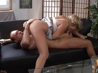 Squirting Fingering Cumshot vid: DELICIOUS FROM GERMANY