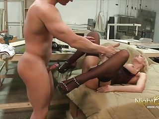Milfs Amateur Hardcore video: Blond Milf fuck