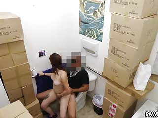 Busty sex gets fucked in the toilet - XXX Pawn
