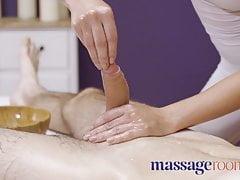 Massage Bedrooms Gorgeous Pert Youthful Massagist Katy Rose Gives Oily