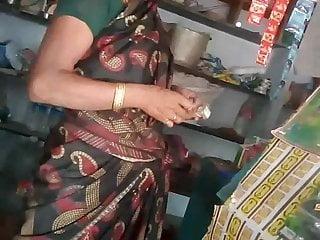 Hairy Asian Fingering video: SATIN SILK SAREE MAAMI