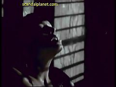 Melinda Clarke Seins Nus Et Baise En Retour à Deux Lune