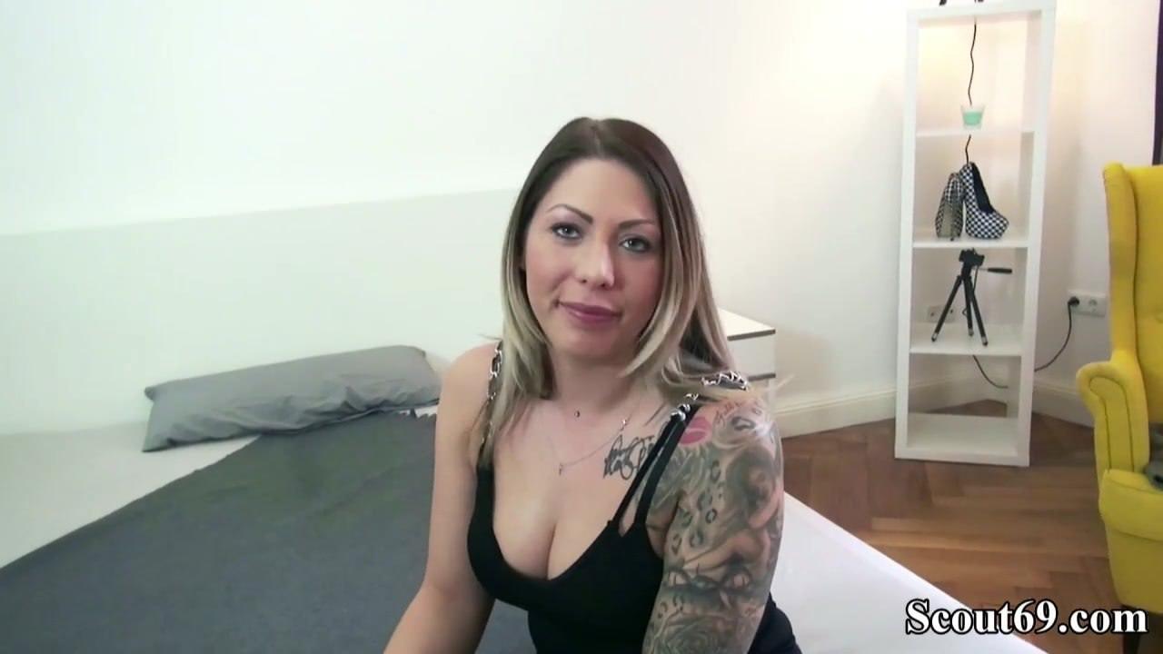 Смотреть порно онлайн с трансами и девушками