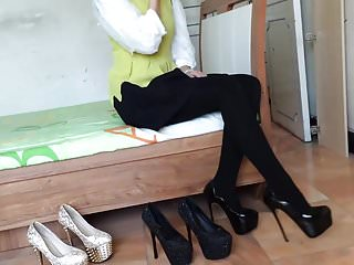 Pantyhose Nylon Hot Girl video: Girl wear hot high heels