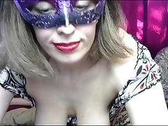 Masked Mature On Webcam