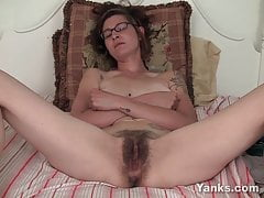 Yanks Tattooed Sylvie Lavine Masturbating