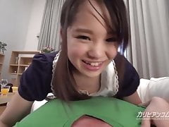 Petite soeur aime sucer une grosse bite - Risa Oomomo