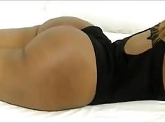 Flessione sexy del booty della webcam
