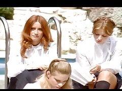 Syn Francais The Little Schoolgirls 1980