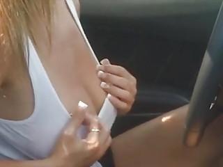 Nikki Sims flash in car