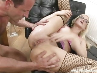 Hardcore Milf Creampie video: Blonde With Glasses Anal Rider