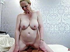 Big Tits MILF Suzie Stone Hardcore Sesso Matura