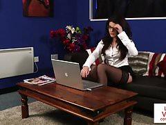 Stock photography Anglický voyeur poučí na gauči